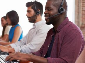 Conheça as 4 melhores práticas para fazer cobrança por chat online
