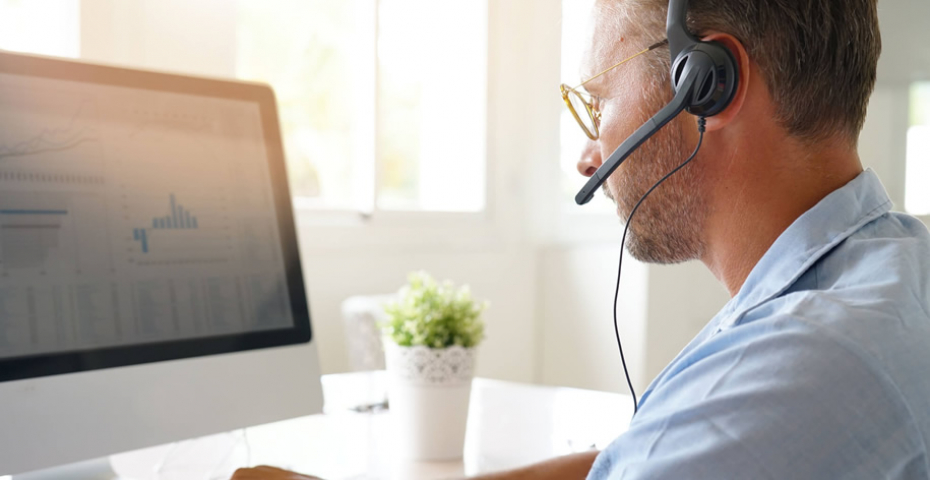 Saiba como garantir uma monitoria de qualidade no call center - Softium